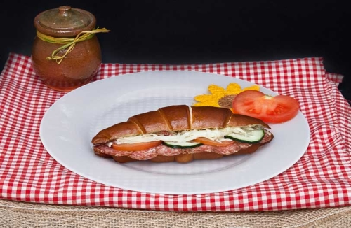 Bavarski-sendvic-