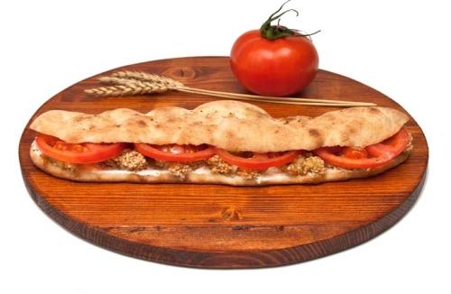 Pica-sendvic-sa-piletinom-sa-susamom
