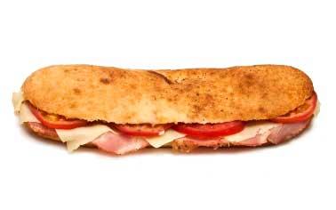 Veliki-Pizza-sendvic-sa-suvim-vratom