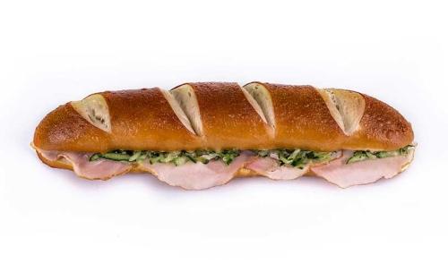 bavarski-sendvic-sa-pecenicom
